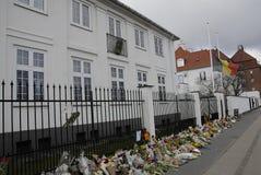 HOMMAGE DE SALAIRE DE PERSONNES AUX VICTIMES DE BRUXELLES Photos stock