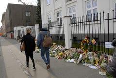 HOMMAGE DE SALAIRE DE PERSONNES AUX VICTIMES DE BRUXELLES Images stock