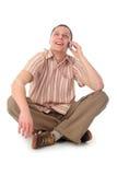 Homme à l'aide d'un téléphone portable Images libres de droits