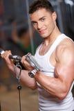 Homme à la gymnastique Photographie stock
