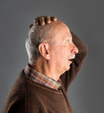 Homme aîné étonné Image stock