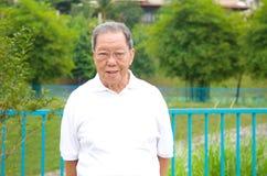 Homme aîné asiatique Photographie stock libre de droits