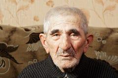 Homme aîné dans occasionnel Photo stock
