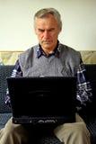 Homme aîné et retiré Image libre de droits