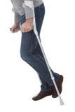Homme aîné marchant utilisant des béquilles Photographie stock