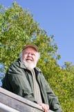 Homme aîné sur la surveillance Photographie stock