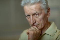 Homme aîné triste Images libres de droits