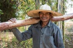 Homme adulte supérieur asiatique Photo libre de droits