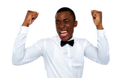 Homme africain Excited appréciant sa réussite images stock