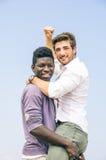 Homme afro-américain et blanc Photo libre de droits