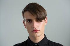 Homme androgyne déprimé images libres de droits