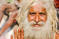 Homme avec de longs cheveux dans le Bengale-Occidental Photos stock