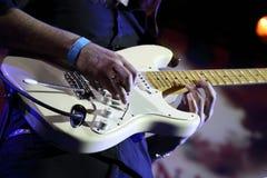 Homme avec la guitare Photo libre de droits