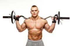 Homme avec la pose musculaire de torse photographie stock
