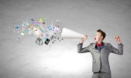 Homme avec la trompette Image stock