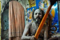 Homme avec le bâton dans le Bengale-Occidental Photo libre de droits