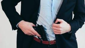 Homme avec le canon, procès d'affaires banque de vidéos