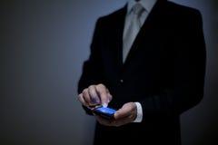 Homme avec le téléphone Photos libres de droits