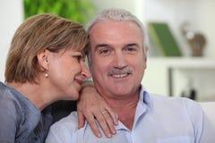 Homme avec son épouse Photographie stock