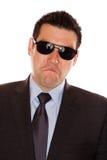 Homme avec un froncement de sourcils photographie stock