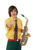 Homme avec un instrument musical de saxo Photo stock