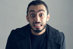 Homme avec une expression du visage étonnée Photos libres de droits