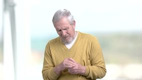 Homme ayant le malaise dans le coffre banque de vidéos
