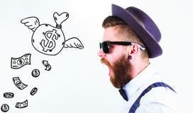 Homme barbu avec un chapeau et des lunettes de soleil photos libres de droits