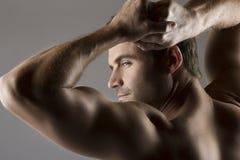 Homme caucasien musculaire photos stock