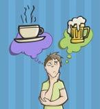 Homme choisissant entre le café ou la bière Photos libres de droits