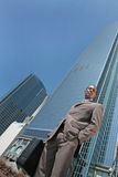 Homme d'affaires abstrait à l'extérieur Photographie stock libre de droits