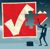 Homme d'affaires abstrait avec le morceau absent de puzzle. Photo libre de droits