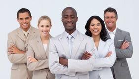 Homme d'affaires africain de sourire aboutissant son équipe Images libres de droits