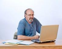 Homme d'affaires avec l'invalidité de respiration photo libre de droits