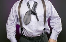 Homme d'affaires avec la cravate inexactement attachée Photo libre de droits