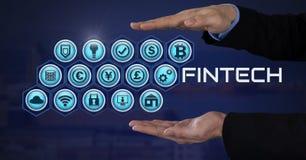Homme d'affaires avec la paume de mains ouverte et Fintech avec de diverses icônes d'affaires Photos libres de droits