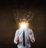 Homme d'affaires avec la tête de explosion rougeoyante Photos stock