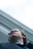Homme d'affaires avec les lunettes de soleil 5 photo libre de droits