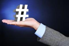 Homme d'affaires avec un connexion du gâchis 3D sa main Image libre de droits