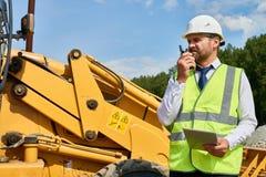 Homme d'affaires barbu Visiting Construction Site photographie stock libre de droits