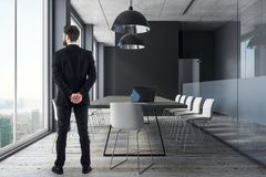 Homme d'affaires In Conference Room Photo stock