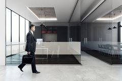 Homme d'affaires In Conference Room Image stock