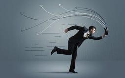 Homme d'affaires courant avec le dispositif et les lignes tirées par la main Image libre de droits
