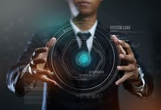 Homme d'affaires Creating Circle HUD Hologram photographie stock