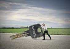 Homme d'affaires déplaçant le succès Photo stock
