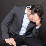Homme d'affaires déprimé images libres de droits