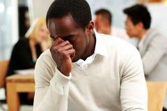 Homme d'affaires d'afro-américain fatigué Images libres de droits