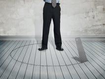 Homme d'affaires dans la situation de danger Image libre de droits