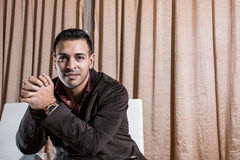 Homme d'affaires du Moyen-Orient dans le bureau Photographie stock