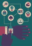 Homme d'affaires employant le smartwatch Images libres de droits
